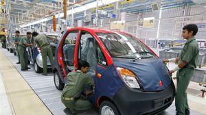 Une chaîne de production de la Nano Tata, dans l'État de Gujarat. Crédits photo : © Amit Dave / Reuters/REUTERS