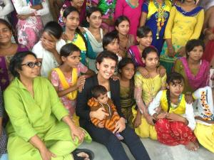 Une photo tweetée par Najat Belkacem - @najatvb : Elles ont entre 12&17 ans. A Delhi l'asso ApneAap de la formidable @RuchiraGupta les sort de la prostitution & misère