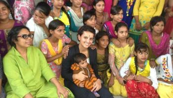 femme au foyer datant site en Inde site de rencontre noir gratuit