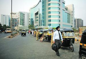 L'immobilier est l'un des secteurs qui encouragent les transactions de fonds non déclarés (ici, à Bombay, la capitale économique de l'Inde).