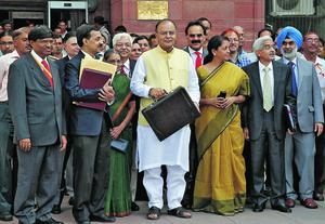 Le ministre des Finances Arun Jaitley, le 10 juillet à New Delhi, lors de la présentation du budget au Parlement fédéral de l'Inde.